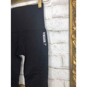 GYMSHARK Energy + Seamless Cropped Leggings Black